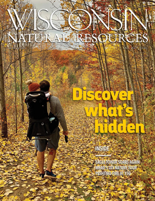 Cover of the Fall 2021 Wisconsin Natural Resources magazine.