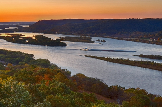 Mississippi River at Brady's Bluff by Ravi Hirekatur, 2019 Great Waters Photo Contest